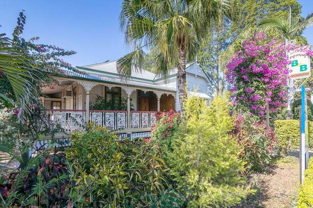 72 Chermside Road, Newtown QLD 4305