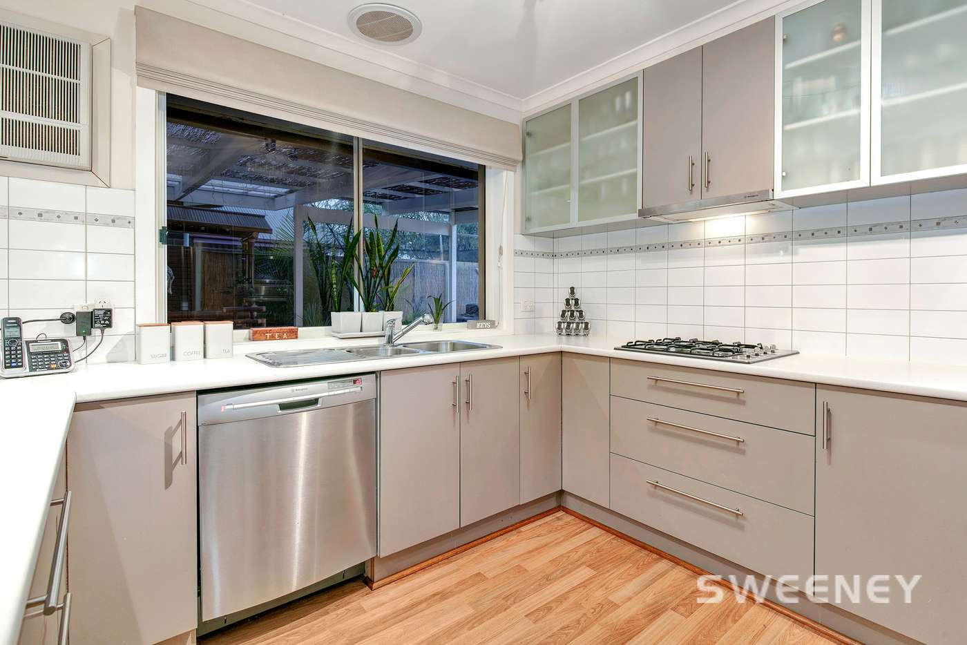 Sixth view of Homely house listing, 29 Sommers Drive, Altona Meadows VIC 3028