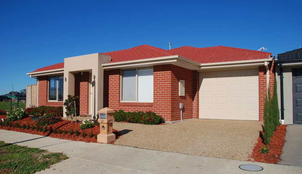 42 Highbury Road, Clyde North, VIC 3978 For Rent - Homely