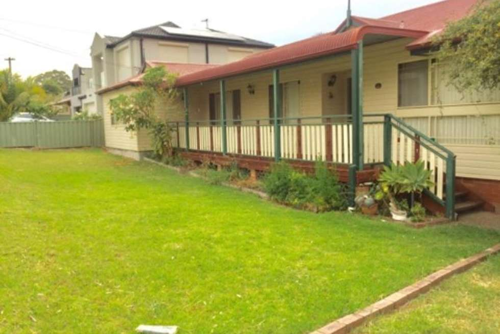 30 UNIVERSAL AVE, Georges Hall NSW 2198