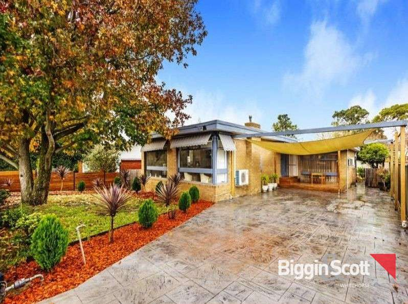 Main view of Homely house listing, 2 Leewarra Drive, Glen Waverley, VIC 3150