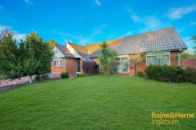 14 MOORHEN STREET, Ingleburn NSW 2565