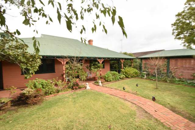 360 Henry Street, Deniliquin NSW 2710