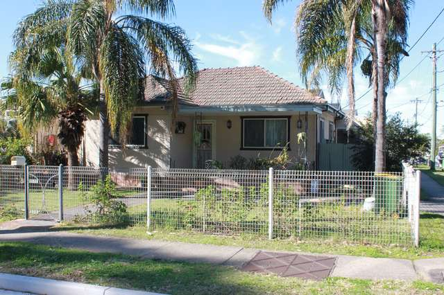 121 AVOCA ROAD, Canley Heights NSW 2166