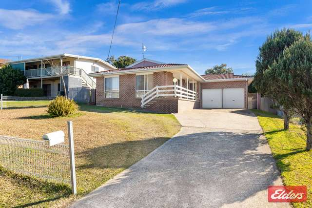 33 Pacific Road, Surf Beach NSW 2536