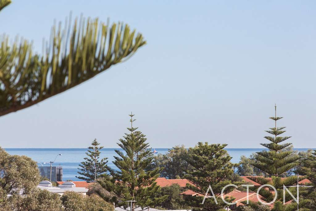 Main view of Homely townhouse listing, 22/15 Boundary Road, Mosman Park, WA 6012