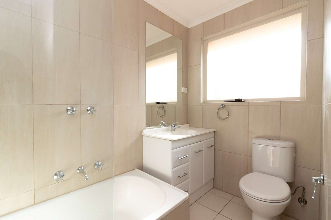 Sixth view of Homely house listing, 2 Gianni Court, Keysborough VIC 3173