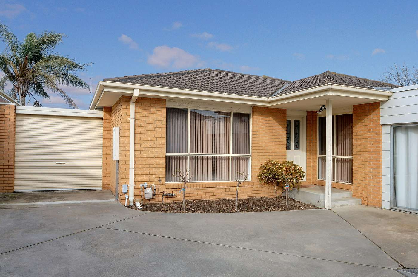 Main view of Homely townhouse listing, 2/124 Wilson Street, Cheltenham, VIC 3192
