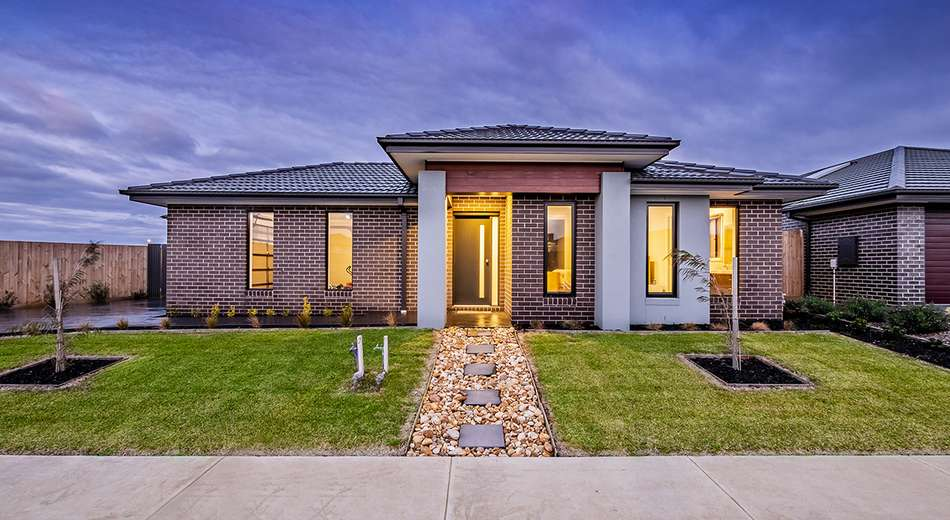 5 Pedro Street, Clyde North VIC 3978