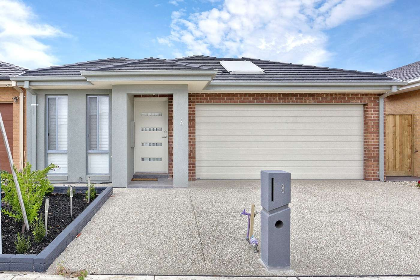 Main view of Homely house listing, 8 Dahlia Crescent, Keysborough VIC 3173