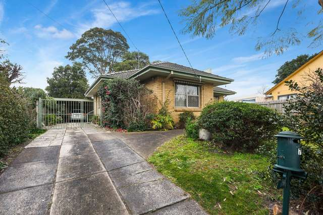 7 Blackbutt Court, Frankston North VIC 3200
