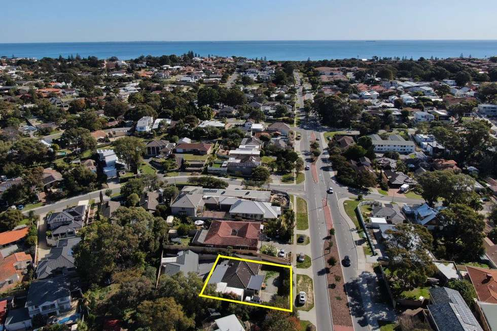 91 Hale Road, Wembley Downs WA 6019