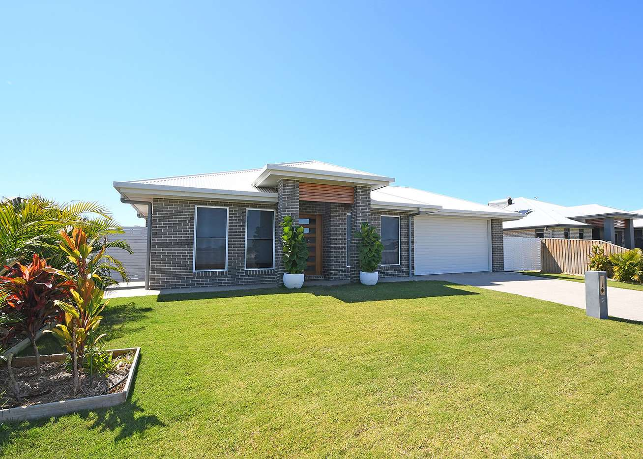 Main view of Homely house listing, 5 Leaward Boulevard, Pialba, QLD 4655