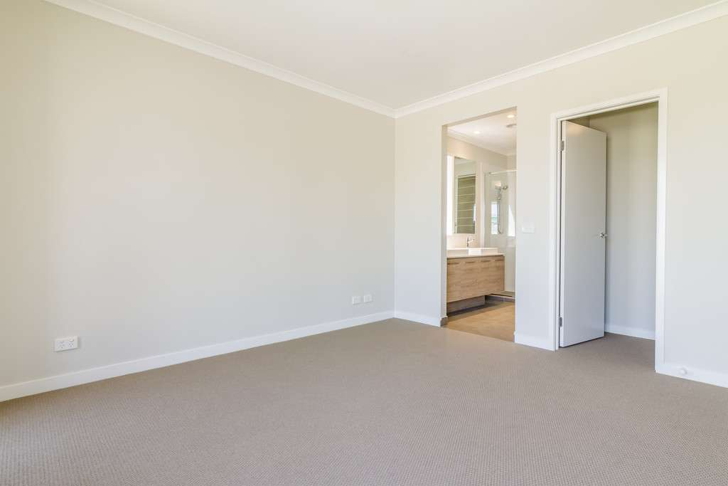 4 SERENGETI STREET, Clyde North, VIC 3978 - House For Sale