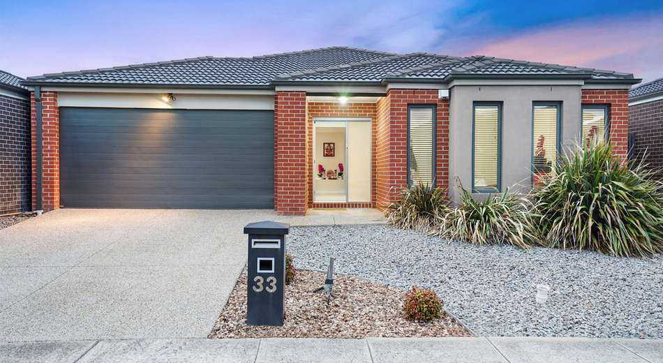 33 Applebox Circuit, Point Cook VIC 3030