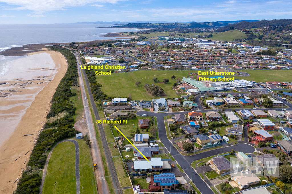 Main view of Homely unit listing, U2/38 Richard Place, Ulverstone, TAS 7315