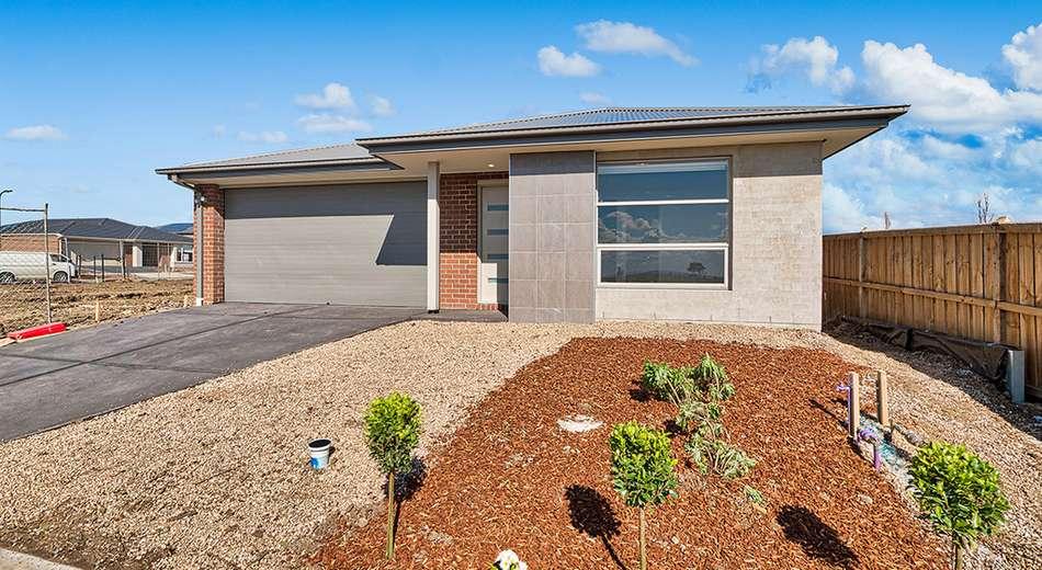 113 Strathlea Drive, Cranbourne West VIC 3977
