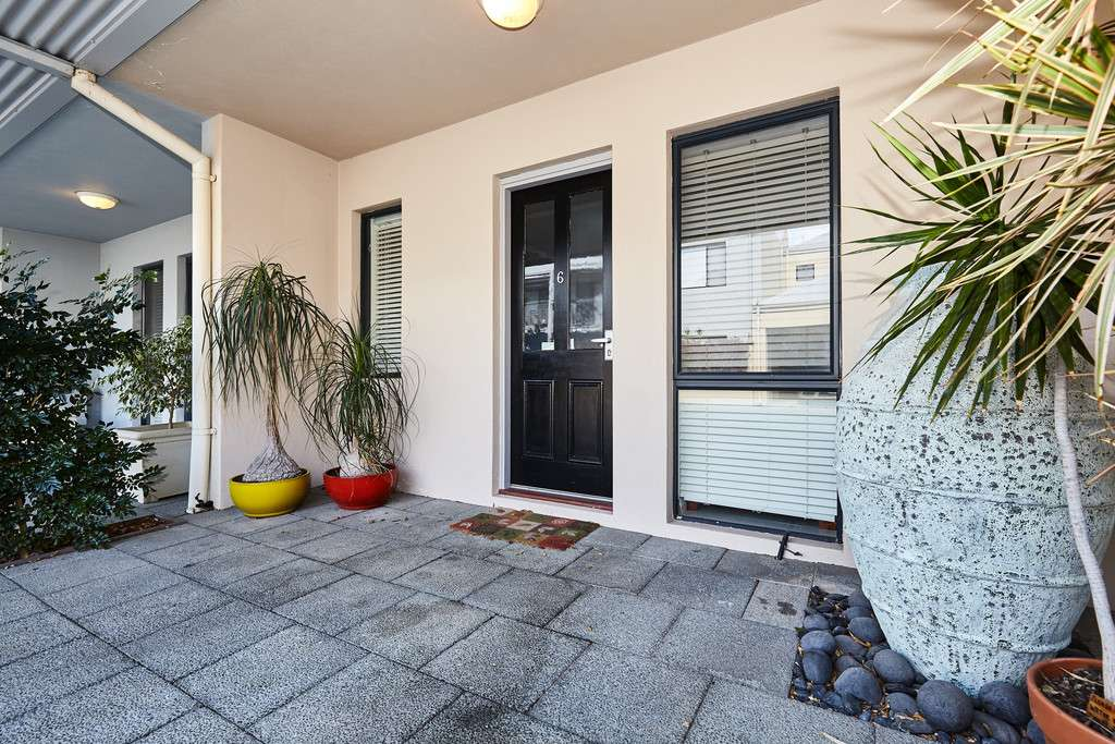 Main view of Homely house listing, 6/111 South Terrace, Fremantle, WA 6160