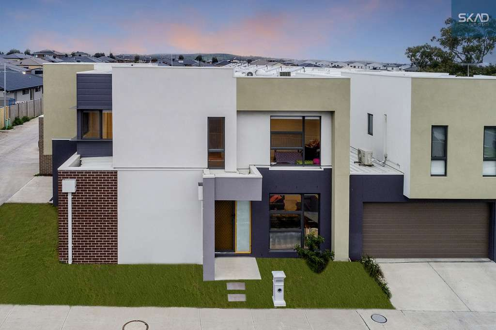 Main view of Homely townhouse listing, 36 Aberfeldy Grove, Wollert, VIC 3750