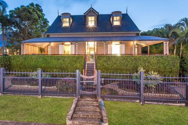 34 Park Parade, Shorncliffe QLD 4017