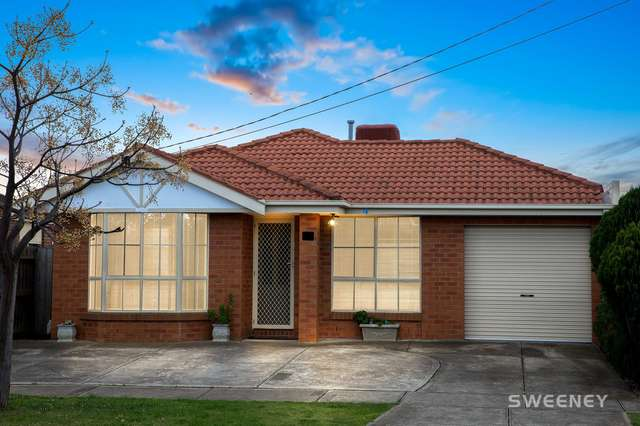 28 Newham Way, Altona Meadows VIC 3028