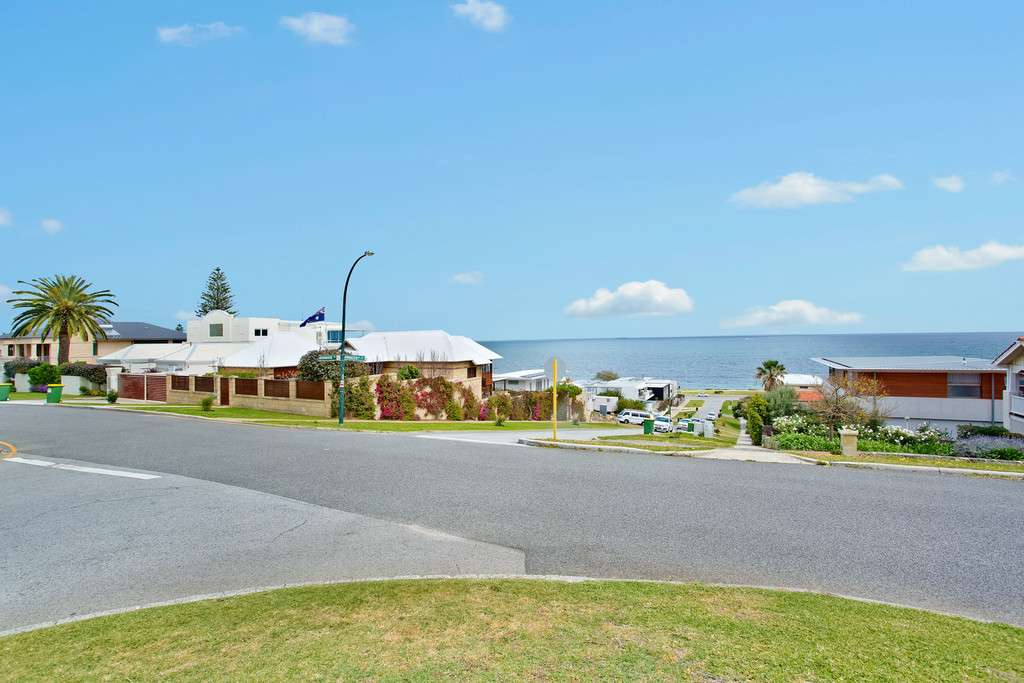 Main view of Homely townhouse listing, 15/11 Princes Road, Cottesloe, WA 6011