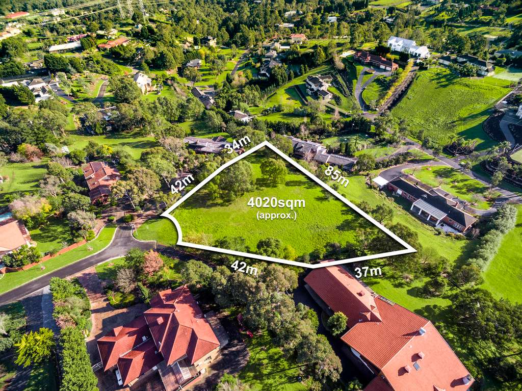 Main view of Homely  listing, 5 Bernarra Court, Donvale, VIC 3111