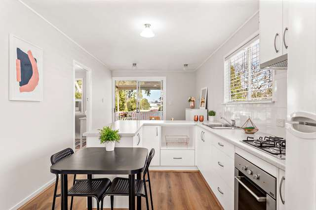 9 Nicholson Street, Mitchelton QLD 4053