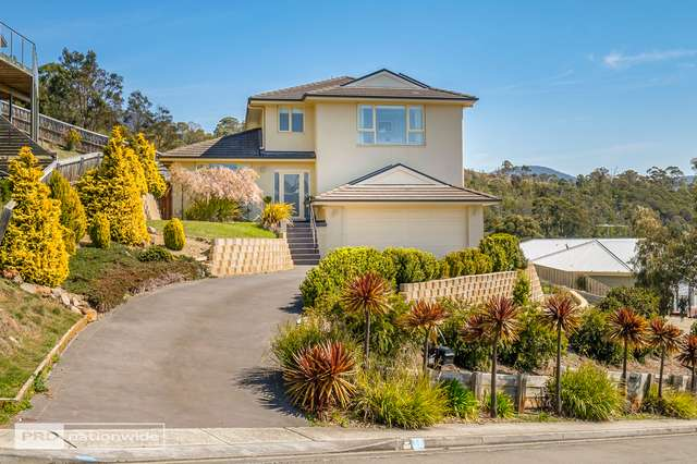 12 Keith White Crescent, Mount Stuart TAS 7000