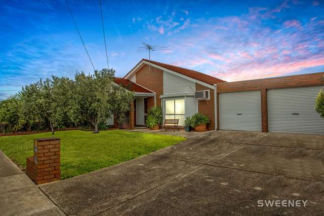 17 Tatman Drive, Altona Meadows VIC 3028