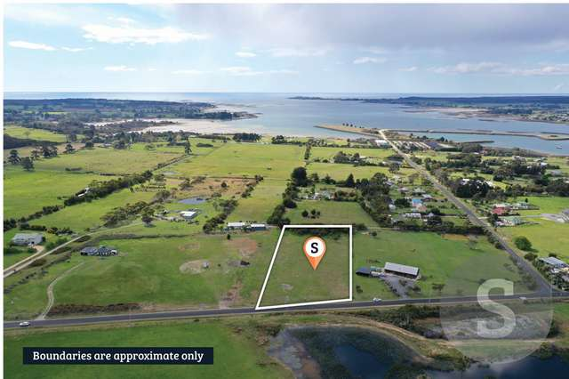 383 Clarence Point Road, Clarence Point TAS 7270