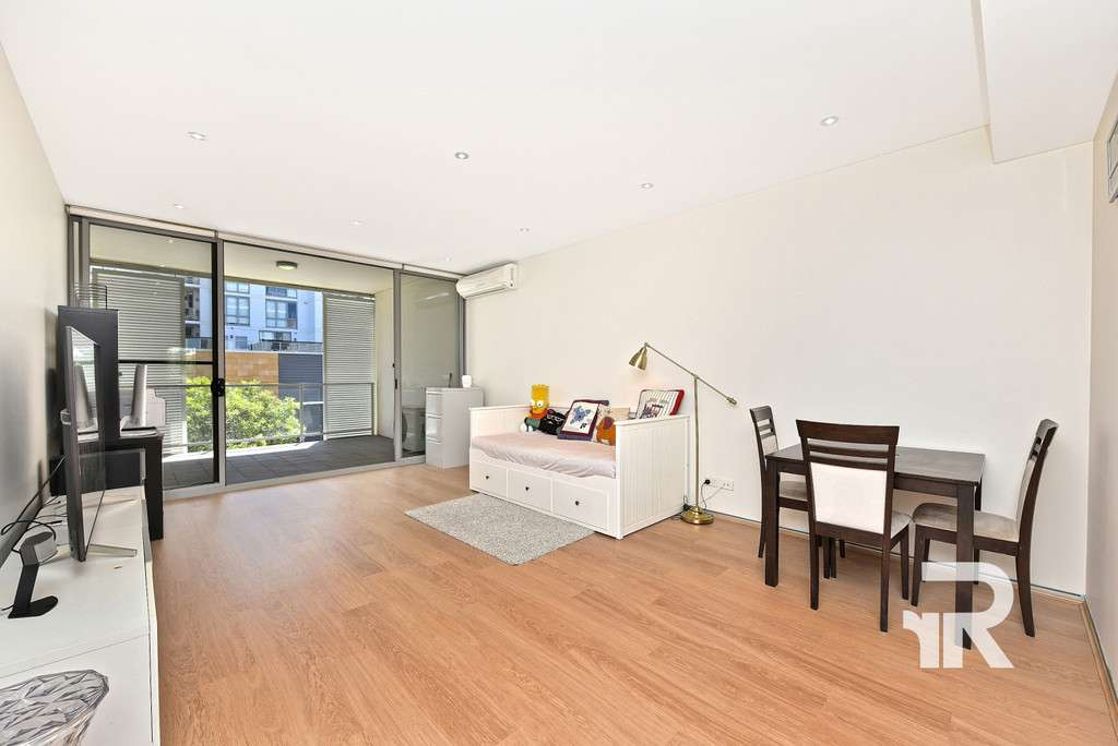 Main view of Homely apartment listing, 6J 10-16 Marquet St, Rhodes, NSW 2138