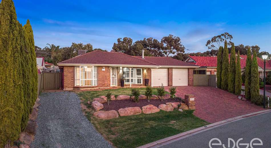 3 Featherstone Place