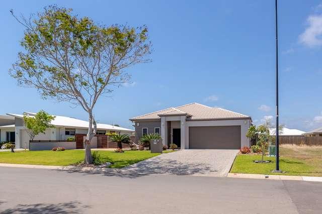 14 Oceanblue Boulevard, Pialba QLD 4655