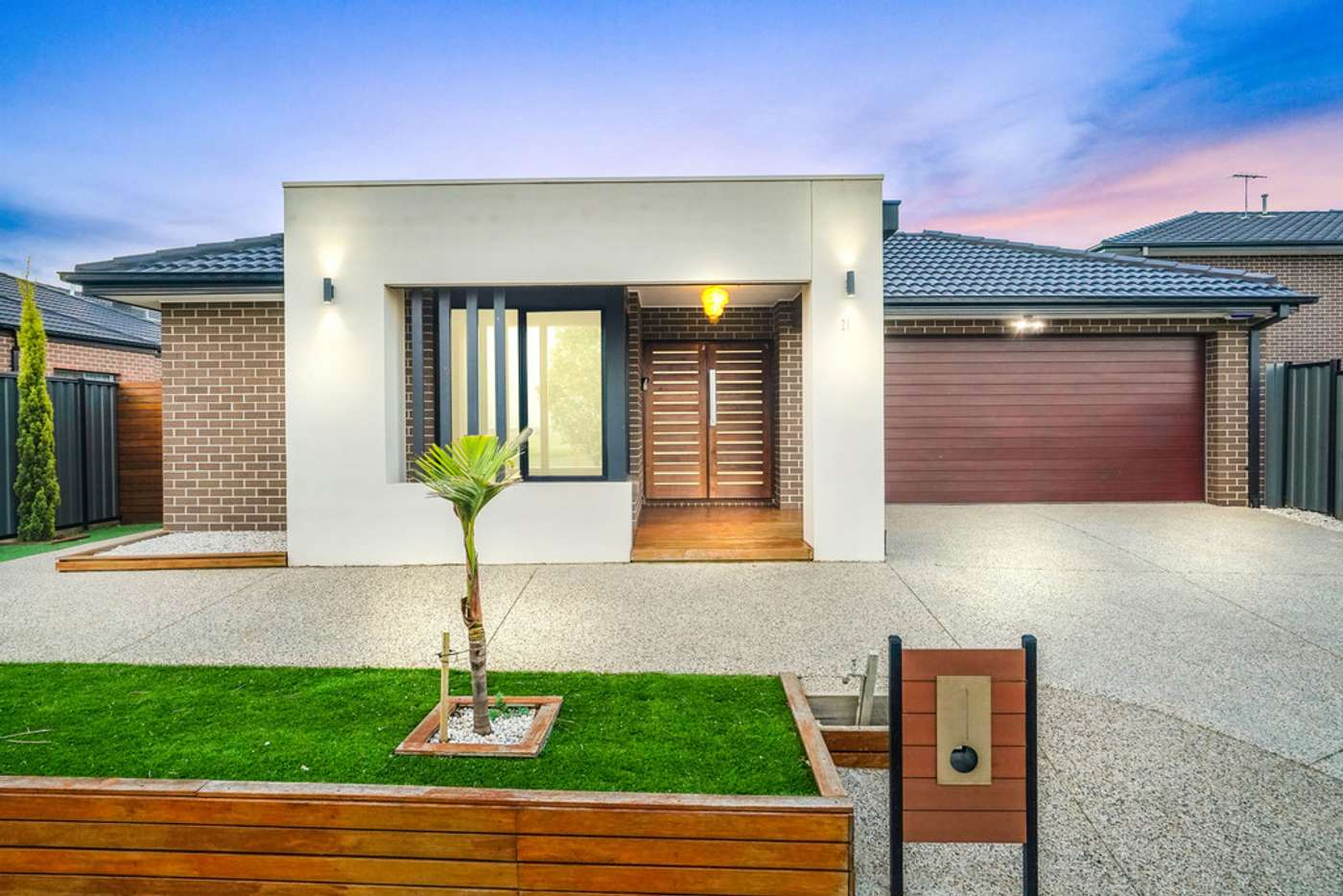 Main view of Homely house listing, 21 Serra way, Fraser Rise VIC 3336