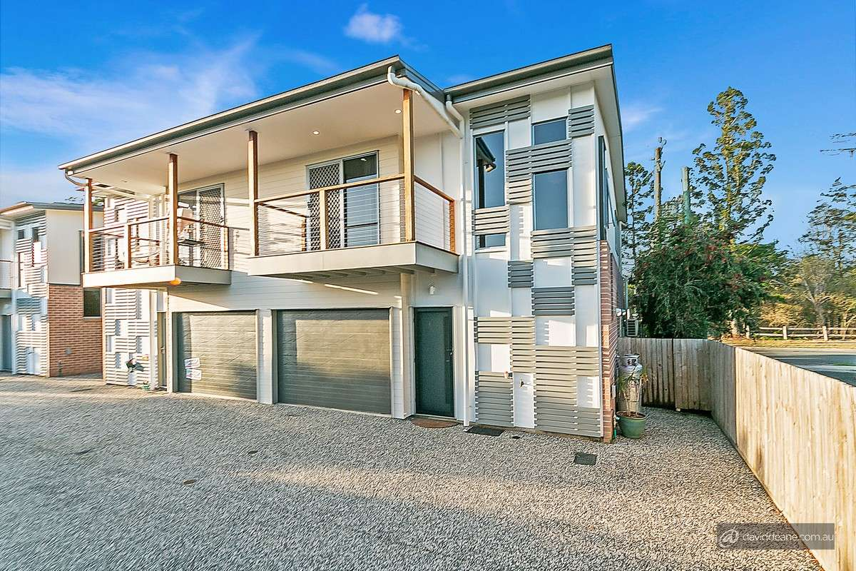 Main view of Homely townhouse listing, 4/35 Admiralty Circuit, Lawnton, QLD 4501