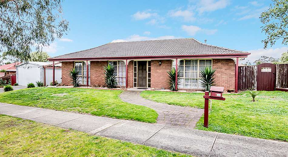 1 Wisteria Court, Cranbourne North VIC 3977