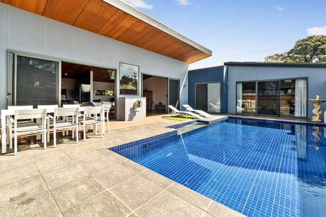 99 St Johnswood Rd, Blairgowrie VIC 3942