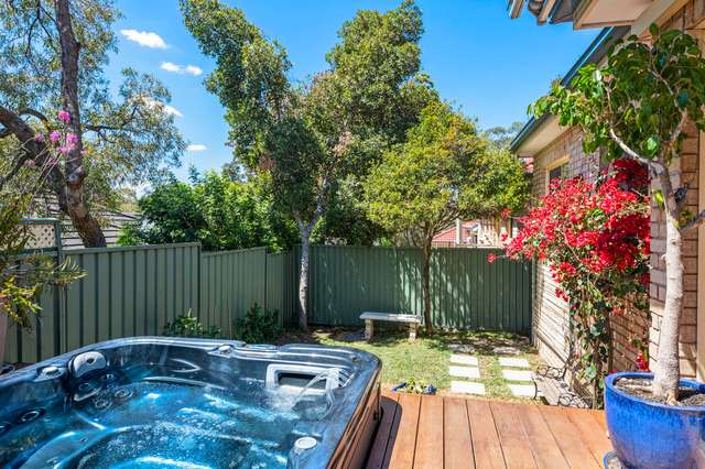 6 / 883 Henry Lawson Drive, Picnic Point NSW 2213
