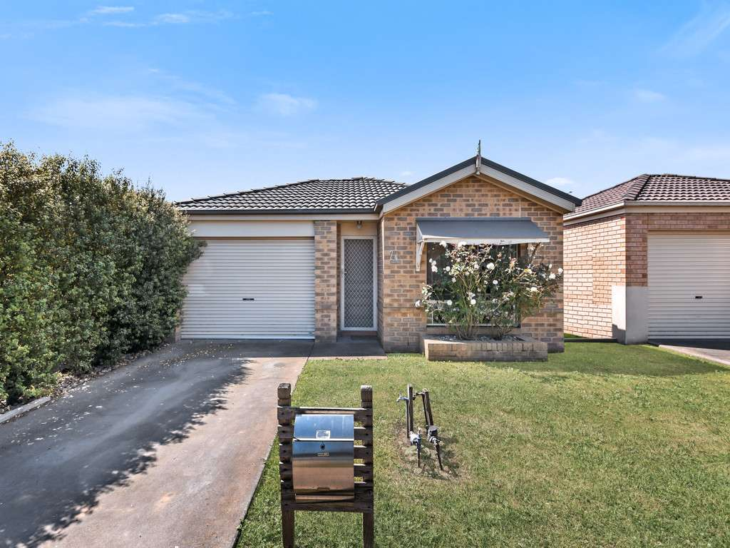 Main view of Homely house listing, 24 Mossman Drive, Cranbourne East, VIC 3977