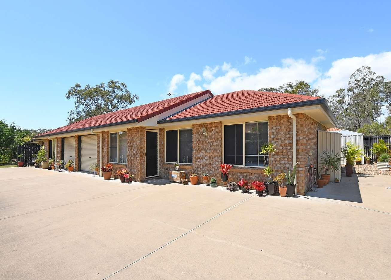 Main view of Homely semidetached listing, 1 112 BIDEFORD STREET, Torquay, QLD 4655