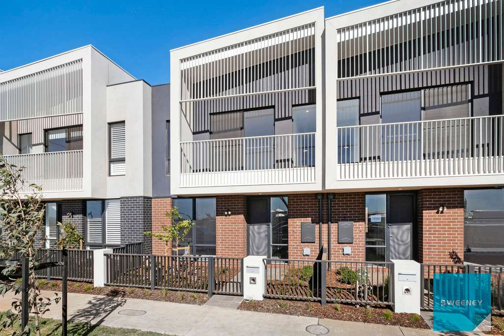 Main view of Homely townhouse listing, 60 Signal Circuit, Aintree, VIC 3336