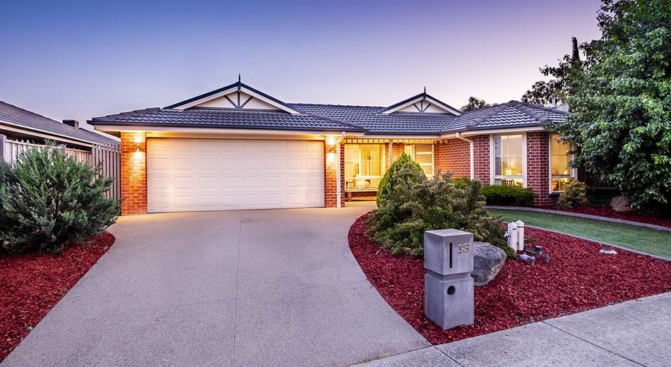 13 Donohue Street, Cranbourne East VIC 3977