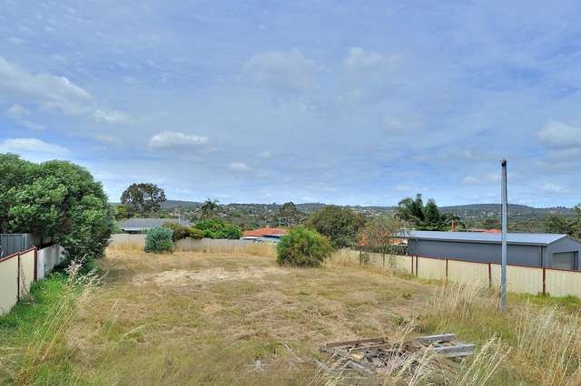 2 Ackmar Way, Swan View WA 6056