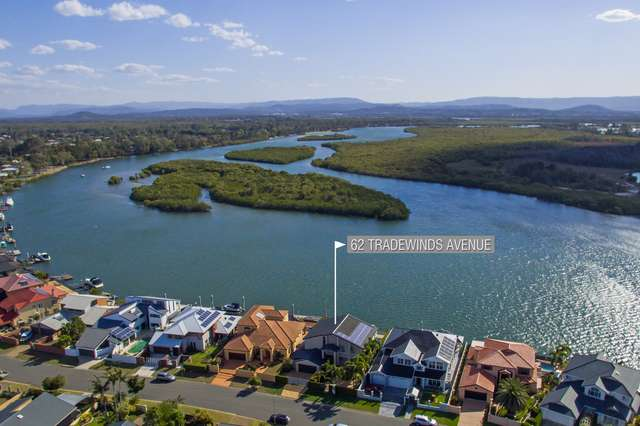 62 Tradewinds Avenue, Paradise Point QLD 4216