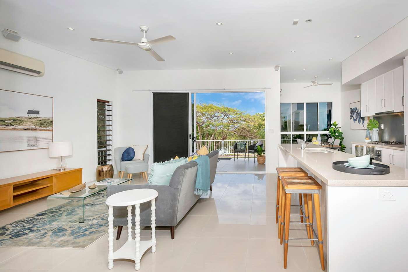 Main view of Homely unit listing, 2/326 Stanley Street, North Ward QLD 4810