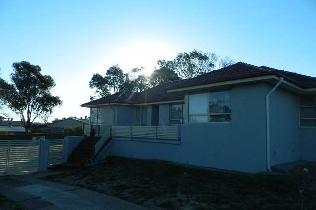 12 Hughes St, Kelso NSW 2795
