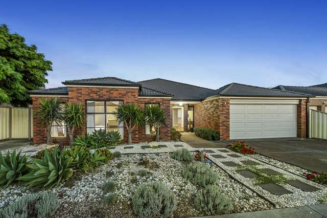 14 Margaret Place, Taylors Hill VIC 3037