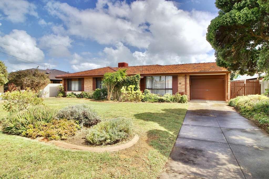 Main view of Homely house listing, 18 Beermullah Way, Waikiki, WA 6169
