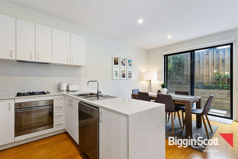 Fourth view of Homely townhouse listing, 2/55 Oriel Road, Ivanhoe VIC 3079